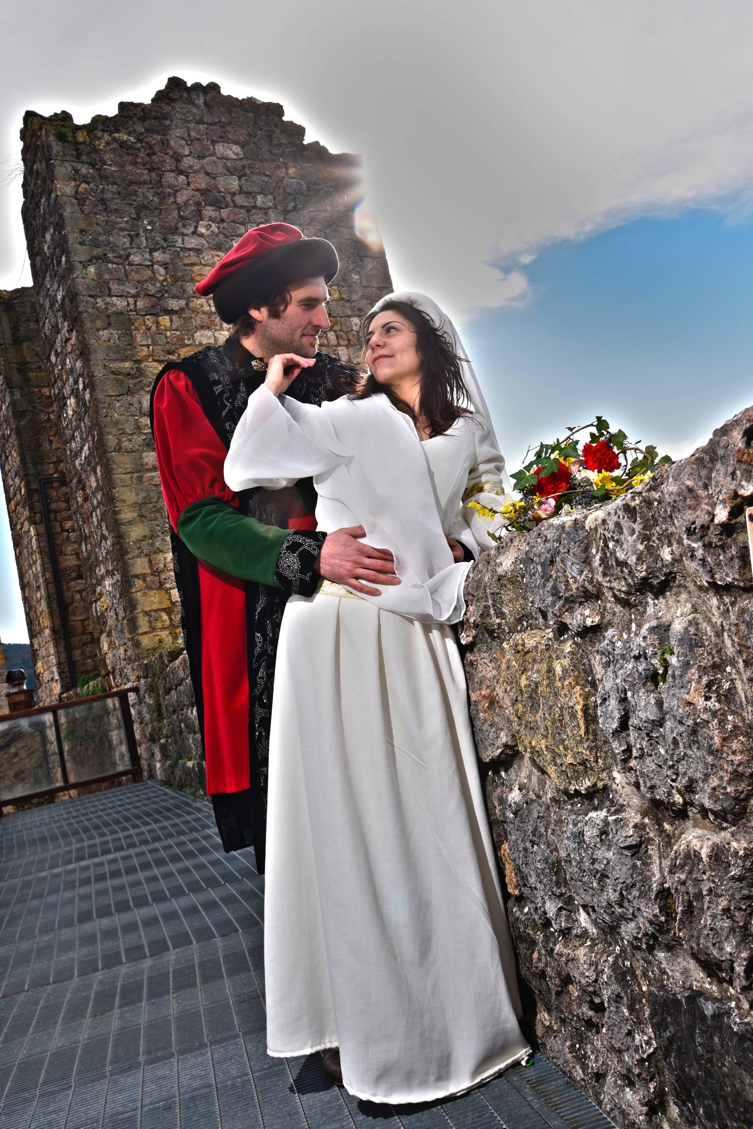 medieval wedding ceremony - HD2409×3609