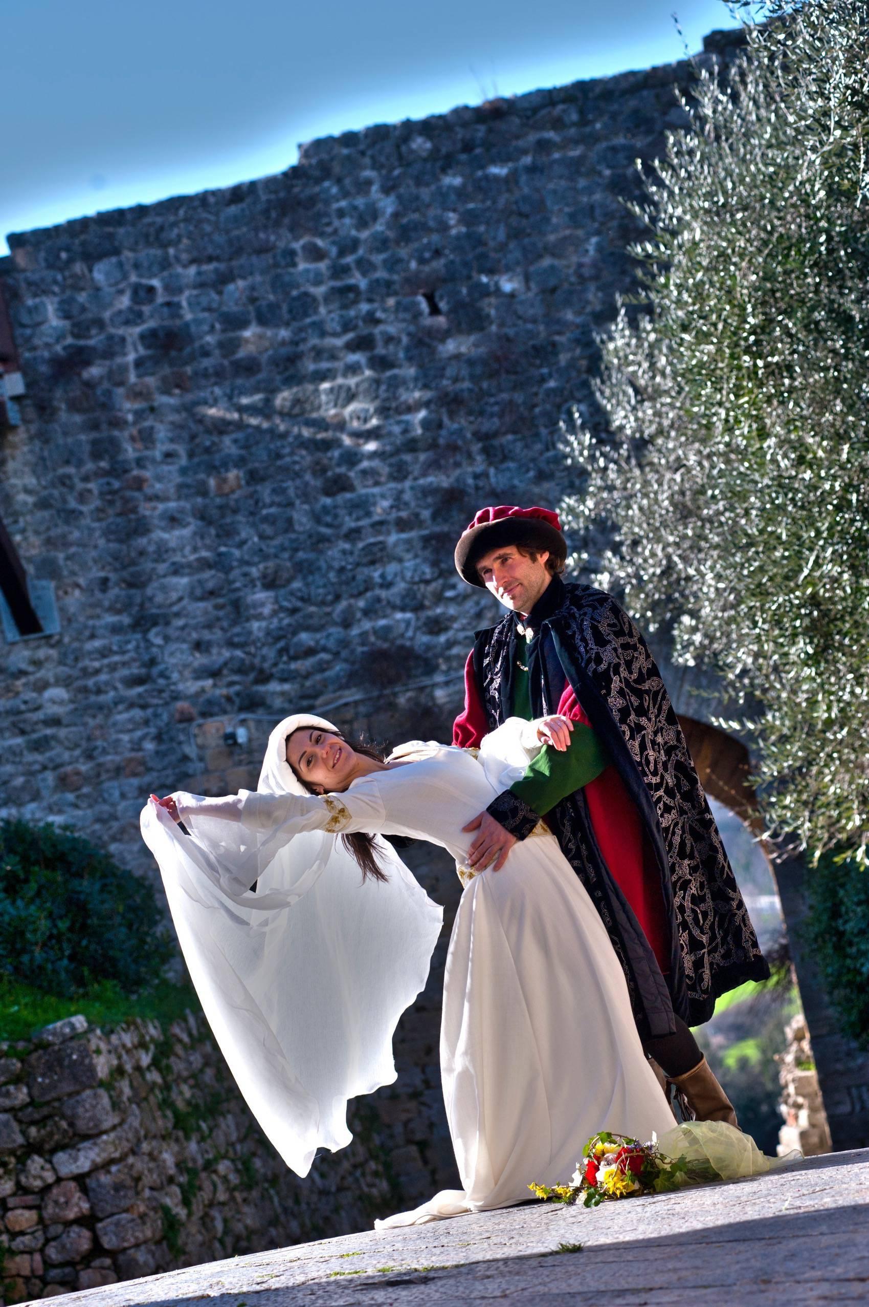 medieval wedding ceremony - HD1699×2553